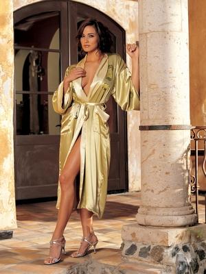 Spotlight Robe